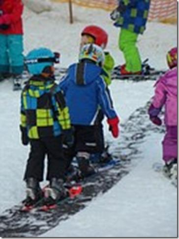 ski-lessons-590156__180 (1)