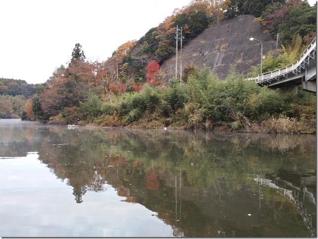 亀山湖松下ボート対岸カバー
