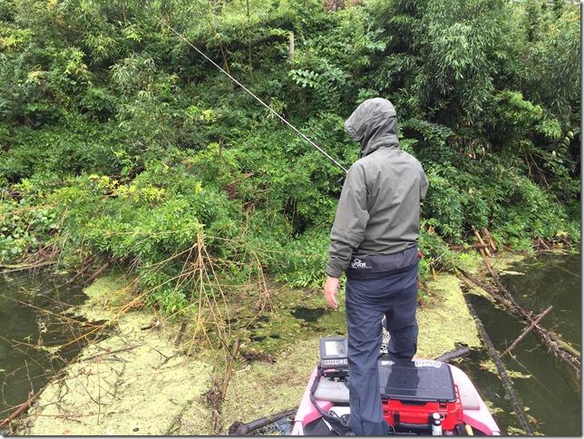 亀山湖レンタルボートバス釣り