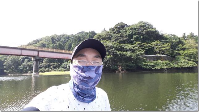亀山ダム カバーテキサス 09.42.42